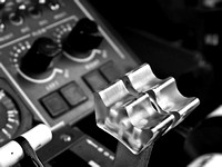 Airplane-20030319-1006-Fuji-Dulles-J41 Condition Levers-BW.jpg