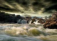 Waterfall-20040702-1802-10D-Great Falls-Potomac River-Composite.jpg